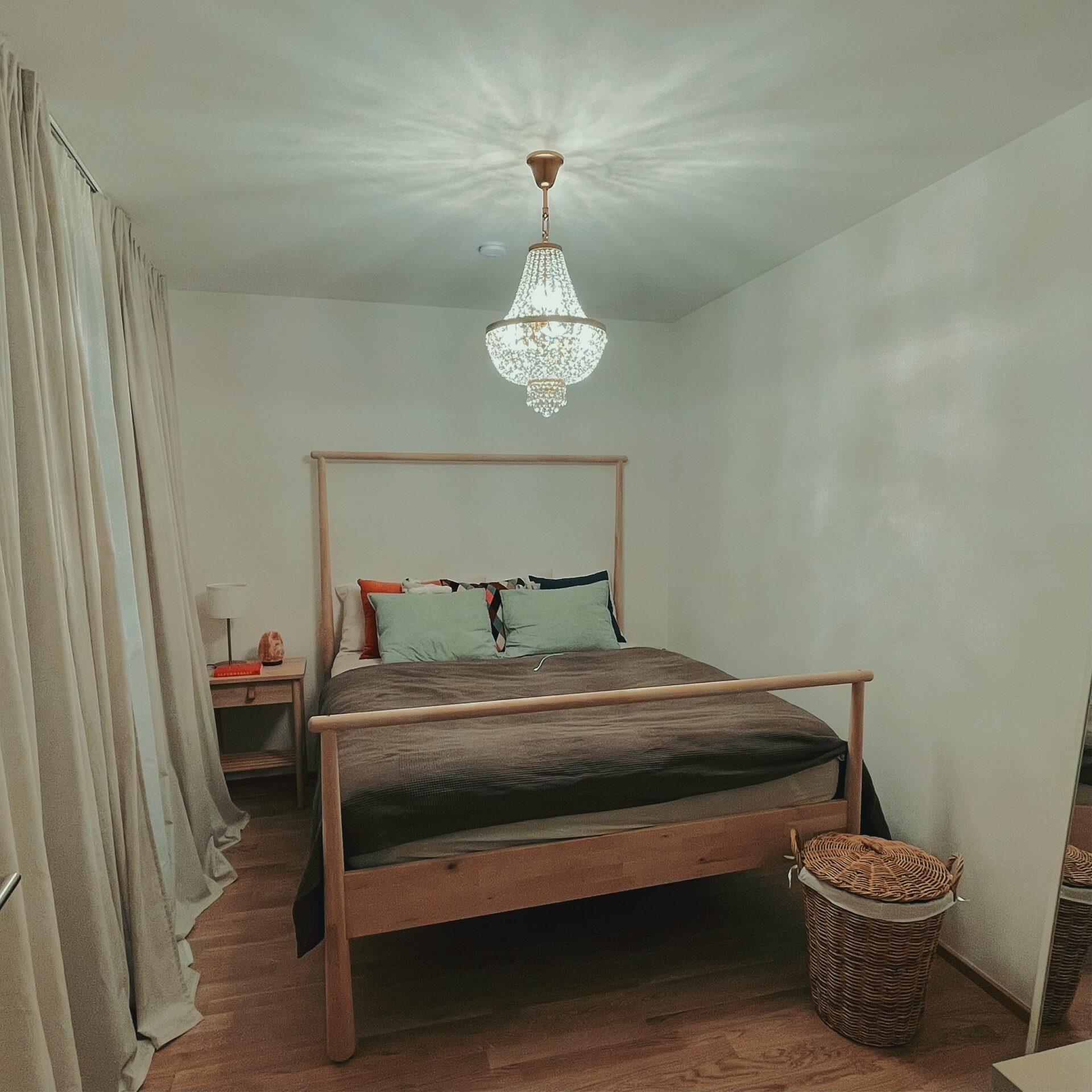 Hängeleuchte mit Kristall - Serie 6401 - Schlafzimmer